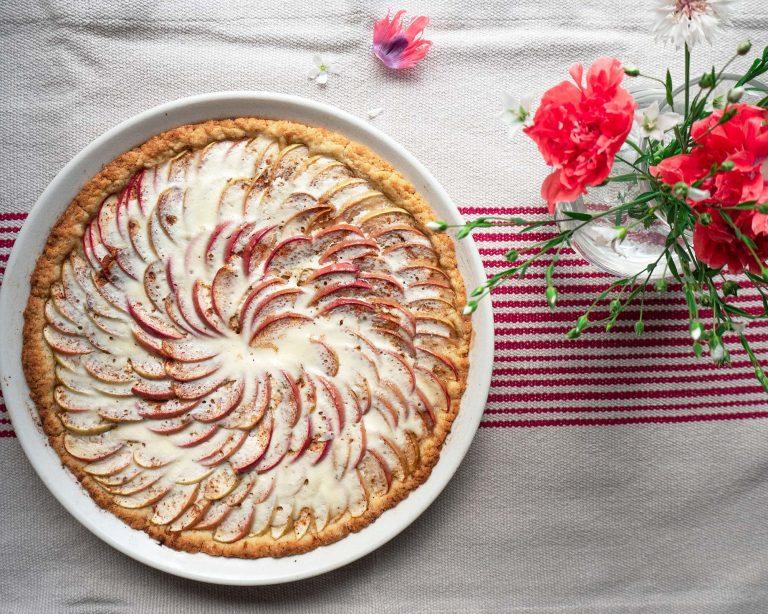 Kermaviili-omenapiirakka